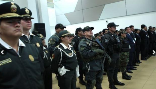 Policias de peru