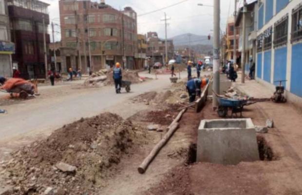 Supervisor se niega a dar información sobre gasto en avenida Simón Bolívar