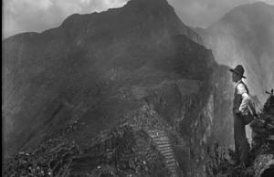 Declaran Patrimonio Cultural a la obra fotográfica de Martín Chambi Jiménez