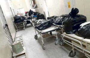 Muertos por Covid se apilan en pasillos