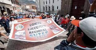 Cusco contra privatización de la Educación