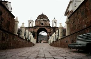 Permanecerán cerrados indefinidamente cementerios del Cusco