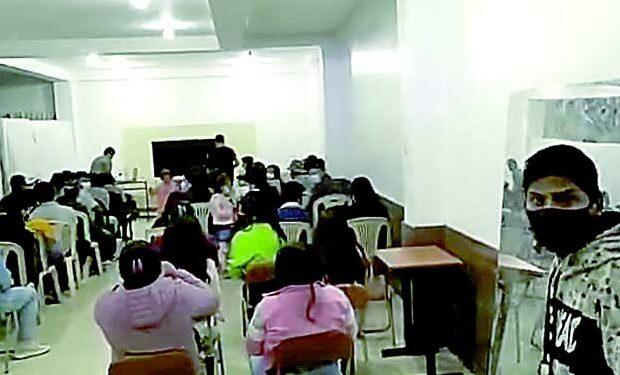 Majes: Pese a incremento Covid personas participan en reuniones