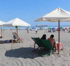 Queda permitido el acceso a playas regionales